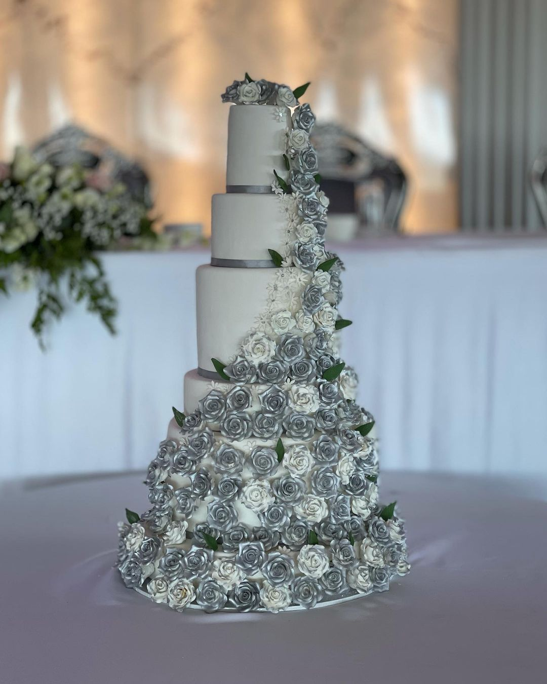 wedding cake and anniversary cakes